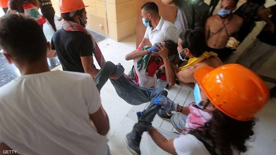 أحد جرحى التظاهرات في العاصمة بيروت