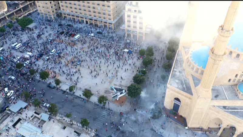 جرحى في مظاهرات عارمة في بيروت