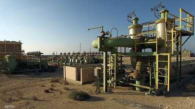 اتفاق النفط الليبي.. كيف كشف الانقسام في حكومة طرابلس؟