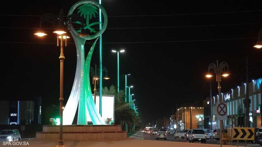 الأخضر يسود المدن السعودية احتفاءا بالمناسبة