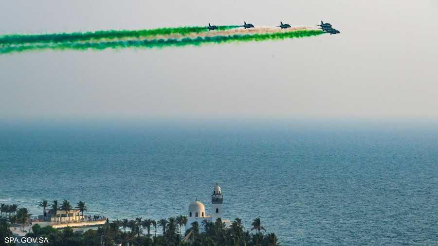 تشكيلات من سلاح الجو السعودي في سماء جدة