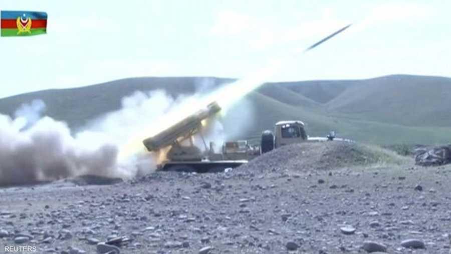 تشهد المنطقة أكثر المعارك دموية منذ أكثر من 25 عاما بين قوات أذربيجان والقوات المنحدرة من أصل أرميني المسيطرة على ناغورني كاراباخ.