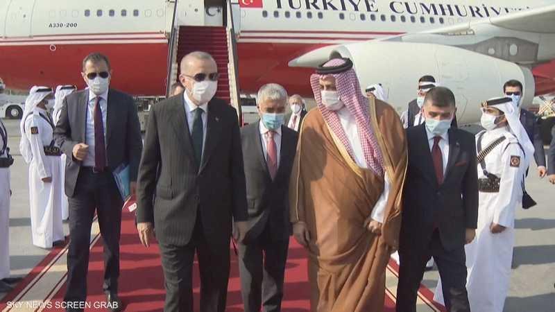 أنقرة تسعى لتعزيز وجودها العسكري في قطر