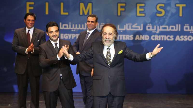 الممثل المصري محمود ياسين توفي عن 79 عاما.