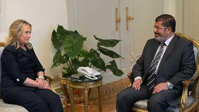 رسائل كلينتون.. لقاءات مكثفة مع الإخوان في مصر أفضت للرئاسة