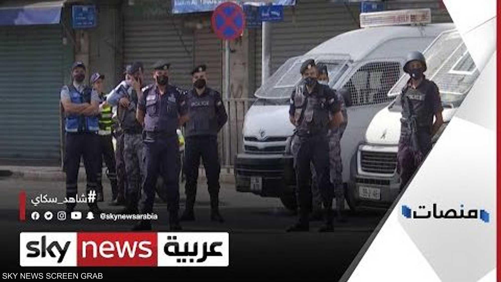 """بعد جريمة الزرقاء..الأمن الأردني يهاجم أوكار """"البلطجية"""" بعنف"""