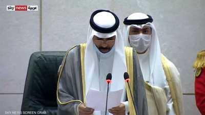 أمير الكويت يدعو إلى التمسك بالثوابت الوطنية