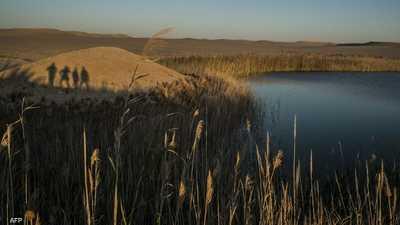السيسي يستعرض خطة تطوير واحة سيوة بصحراء مصر الغربية