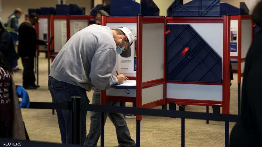 التصويت المبكر كان بطل الأسابيع التي سبقت الانتخابات، حيث يسعى الناخبون لتجنب الازدحام يوم الثلاثاء الكبير مع انتشار فيروس كورونا.