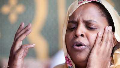 """""""التبراع"""" شعر المرأة الموريتانية.. دفقة بوح في ليل الصحراء"""