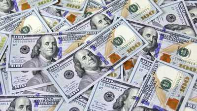 """""""المنحوس"""" يتخلص من قرص تخزين عليه """"ملايين الدولارات"""""""