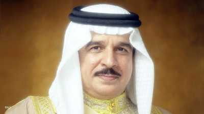 العاهل البحريني يتلقى التطعيم المضاد لفيروس كورونا