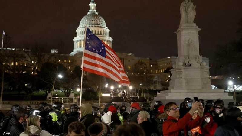 يأتي التحذير بعد اقتحام المئات من أنصار ترامب للكونغرس