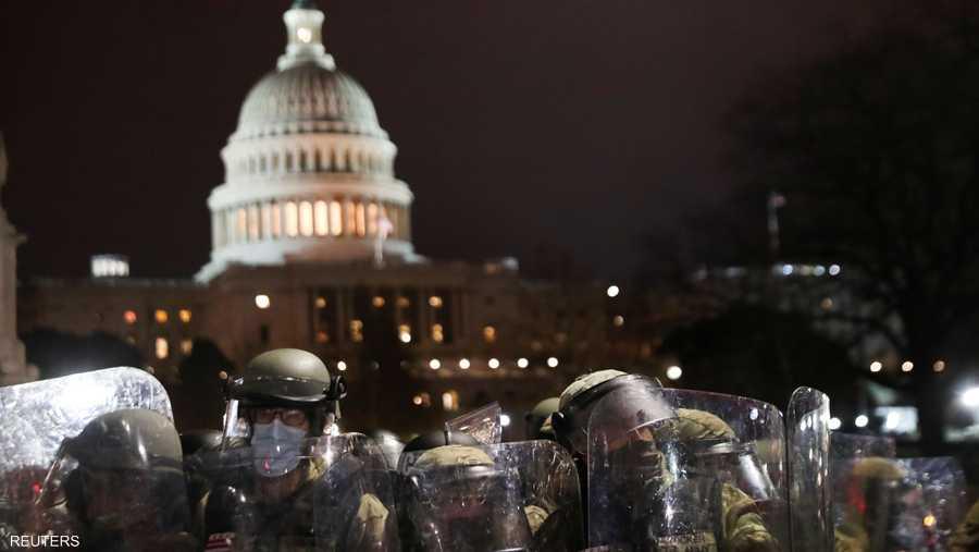 حدثت المواجهات رغم أن السلطات حشد قوات كبيرة