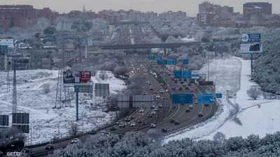 تأهب أحمر في مدريد.. الثلوج تغطي أجزاء من إسبانيا