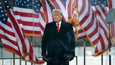 """ترامب وقرارات العفو.. جولة جديدة مرتقبة تشمل """"العائلة"""""""