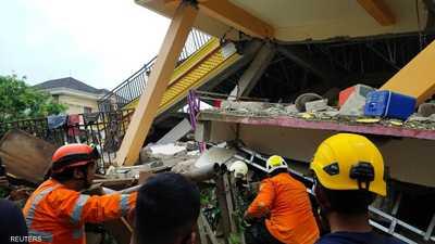 صور أولية لزلزال يهز جزيرة سولاويسي في إندونيسيا