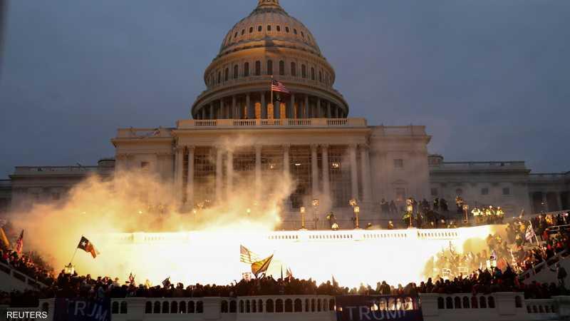اقتحام الكابيتول هز صورة الولايات المتحدة كأكبر ديمقراطية
