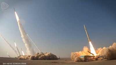 الحرس الثوري الإيراني يختتم مناورات بصواريخ جديدة