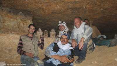 """صور.. أفضل """"أثريين"""" في مصر يكشفون """"أسرار"""" التنقيب عن الكنوز"""