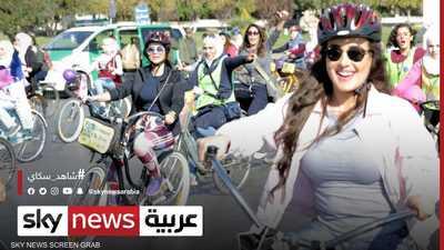 سوريات يتحدين التنمر بقيادة دراجات هوائية وسط القامشلي