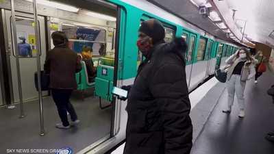 توصية فرنسية بمنع التحدث في الهواتف تجنبا للإصابة بكورونا