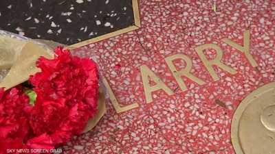 كيف نعى رؤساء ومشاهير النجم التليفزيوني الشهير لاري كينغ؟