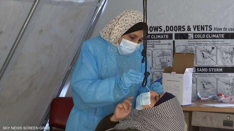 انخفاض معدل إصابات ووفيات كورونا في قطاع غزة