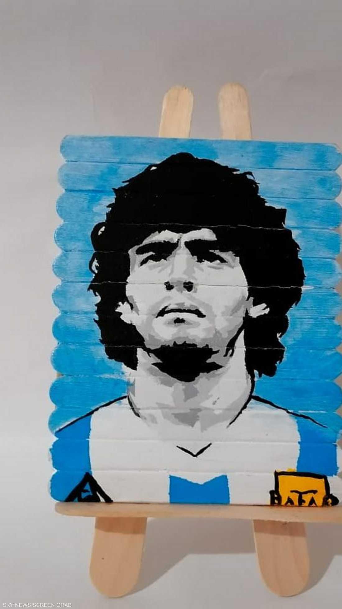 لفتة على أعواد الأيس كريم تذيب القلوب في وداع الراحل مارادونا