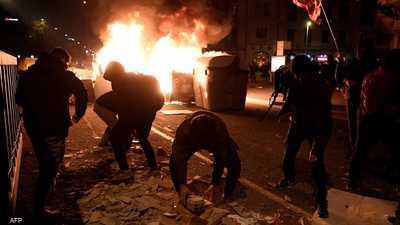 بالصور والفيديو.. ليلة ثانية من الاحتجاجات العنيفة بإسبانيا