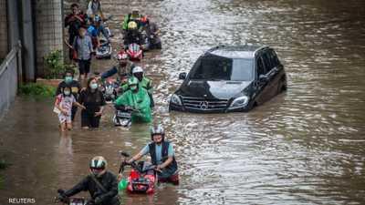 فيضانات عارمة تجتاح العاصمة الإندونيسية