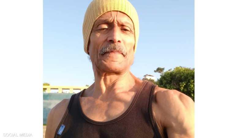 الرجل الستيني عبد المهيمن علي يواظب على الرياضة يوميا
