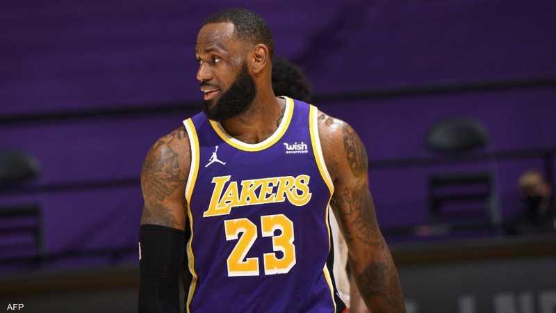 أسطورة كرة السلة الأميركية ليبرون جيمس