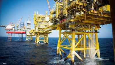 أسعار النفط ترتفع مدفوعا بتراجع مخزون الوقود الأميركي
