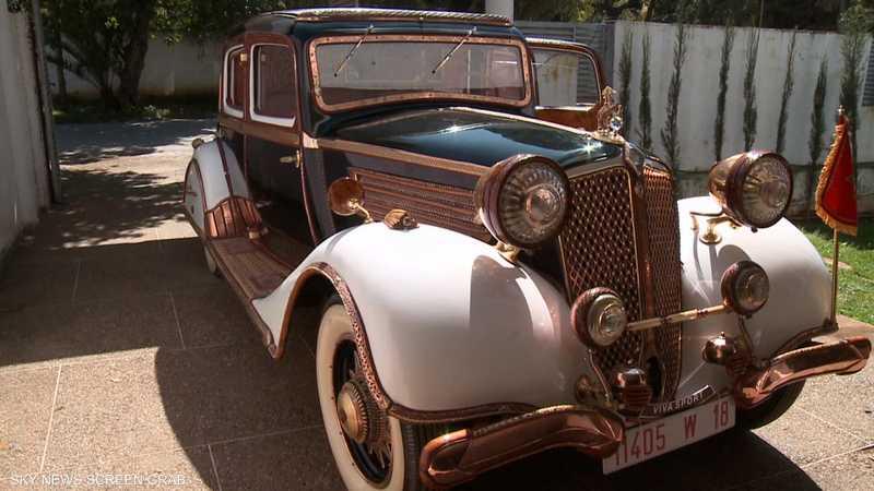 المغرب.. تحويل سيارة كلاسيكية إلى تحفة فنية متحركة