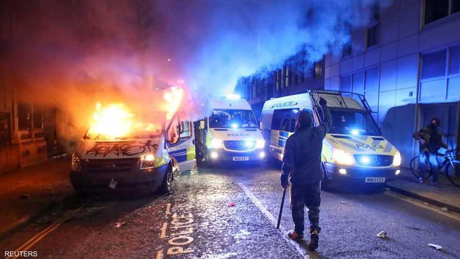 شوارع بريستول تلونت بألوان النيران