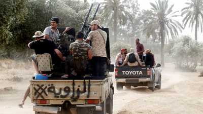 ليبيون يطالبون الأمم المتحدة بحظر السلاح وطرد المرتزقة