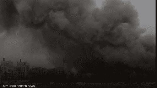 حريق ضخم يلتهم مصنعا تاريخيا في روسيا
