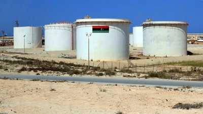 """ليبيا.. مشكلات اقتصادية """"مُركبة"""" وتوقعات حذرة بتعافٍ تدريجي"""