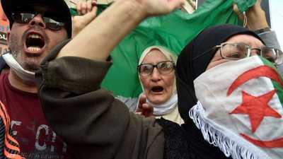 تعبئة قوية للحراك في الجزائر مطالبة الإفراج عن معتقلي الرأي