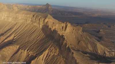 """""""كاف الجنون"""".. جبل في غرب ليبيا يثير أساطير """"الجن"""""""