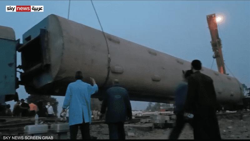 شاهد لحظات فى رفع آثار حادث قطار طوخ