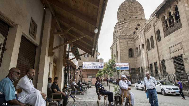 مصر.. قرار بإغلاق المقاهي من الساعة التاسعة مساء