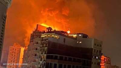 مصر.. حريق ضخم بفندق مكون من 20 طابقا في طنطا