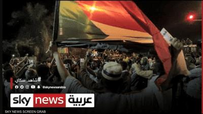 السودان.. حمدوك يأمر بتقديم المسؤولين عن إطلاق النار للعدالة