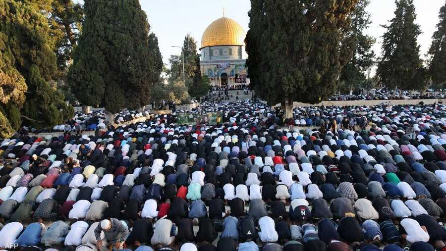 100 ألف مصل في المسجد الأقصى أدوا صلاة العيد