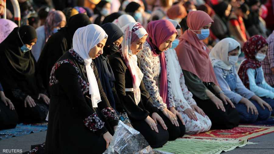 صلاة العيد في مسجد عمرو بن العاص في القاهرة