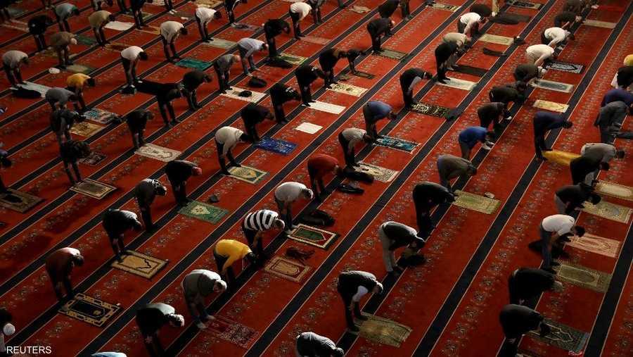 تباعد خلال صلاة العيد في أنقرة
