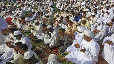 """السودان.. """"عيد حزين"""" بعد حادث محيط القيادة"""