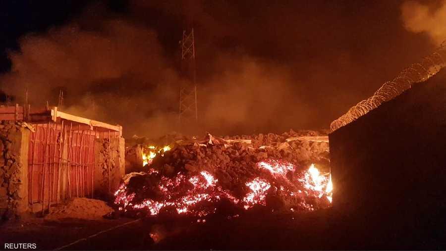 بركان نييراغونغو ثار آخر مرة عام 2002 وقتل 250 شخصا